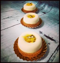 Cheese cake mangue:passion sur sablé breton maison